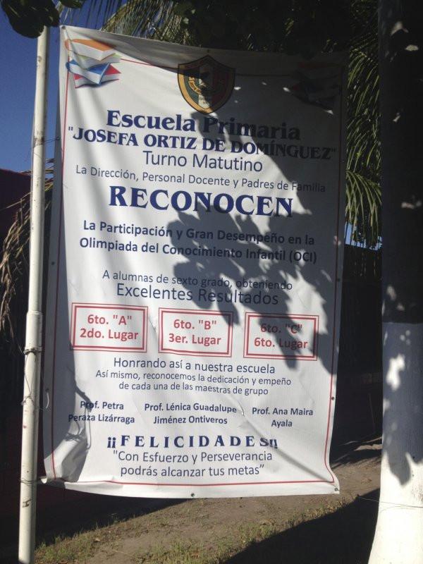 Outside banner for Escuela Josefa Ortiz De Domingue in Culican, Sinaloa, Meixco
